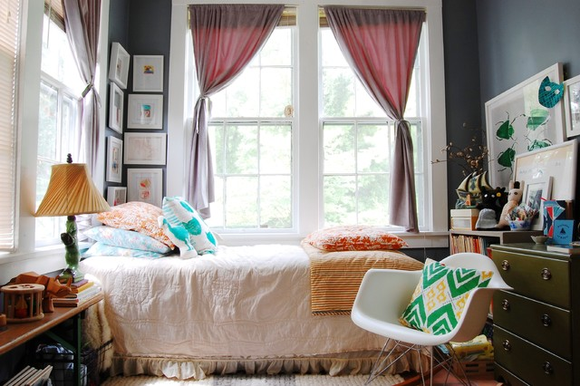 My Houzz Mid Century Modern Dcor Meets Bold Textiles In A Mississippi Home Shabby