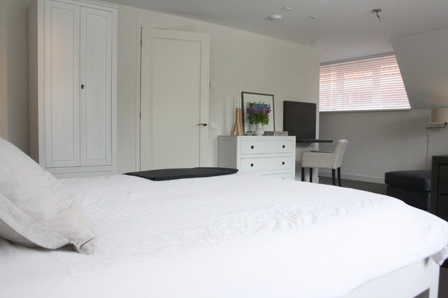 My Houzz: Modern meets Traditional in the Netherlands contemporary-bedroom