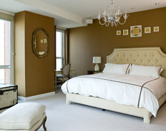 Water Front in the Windy City traditional bedroom