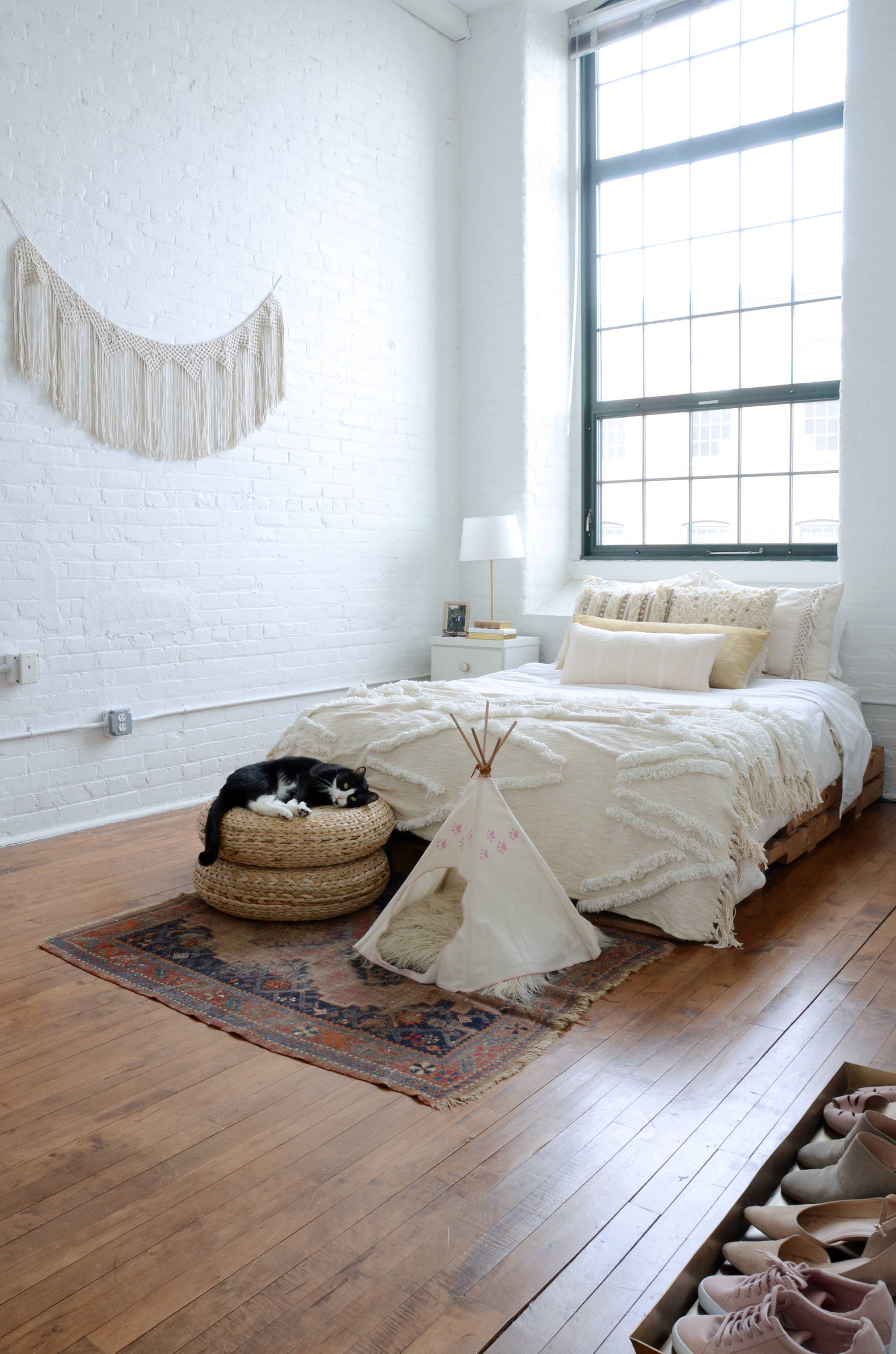 Urban Outfitters Bedroom Ideas And Photos Houzz