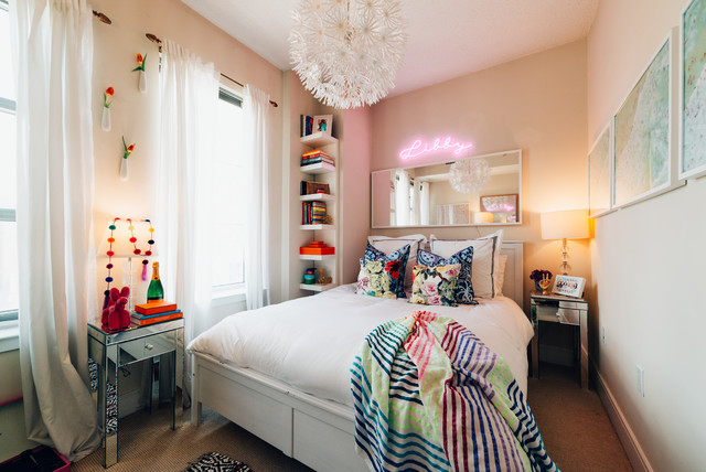 My Houzz: Vibrant and Cozy in Columbia Heights transitional-bedroom