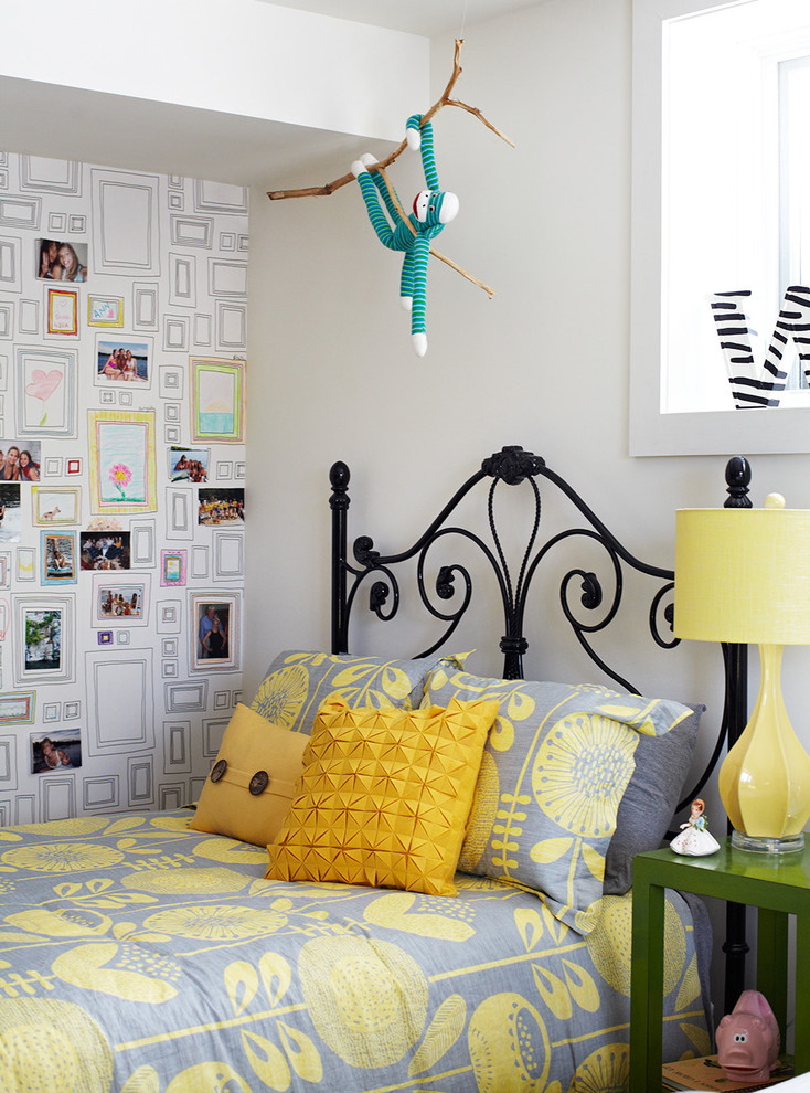 Inspiration for a transitional bedroom remodel in Dallas with white walls