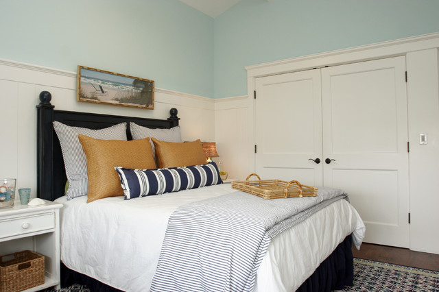 Nantucket In So Cal Beach Style Bedroom Los Angeles