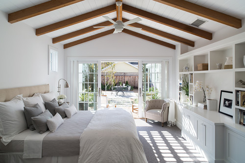 farmhouse bedroom decor