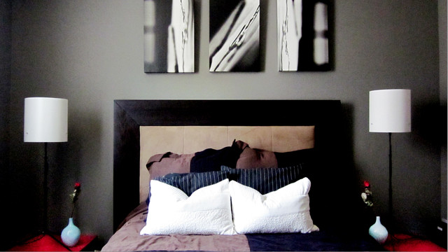 Neutral black and white bedroom with pops of color for Black and white with a pops of color bedroom ideas