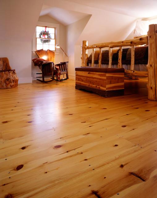 Superior New England Red Pine Wide Plank Flooring Craftsman Bedroom