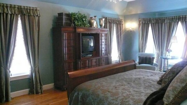 New england style interiors traditional bedroom for New england style bed