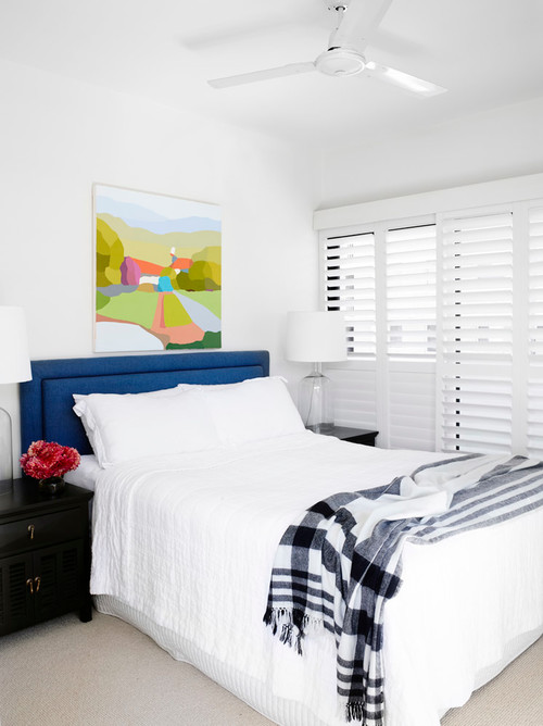 Tricks to make a small bedroom seem bigger