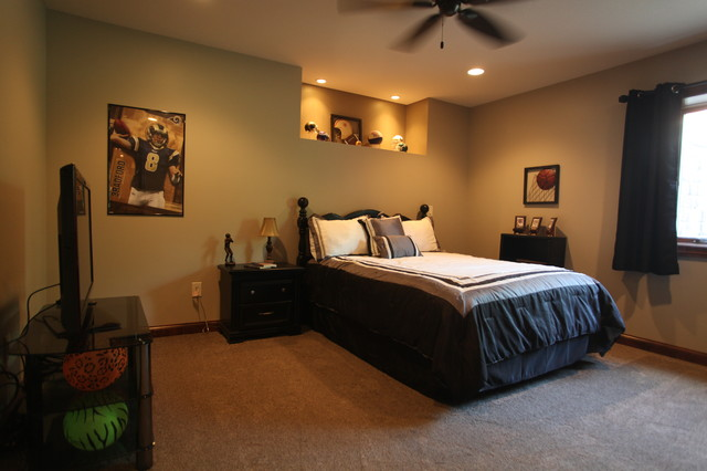 New Home-Hoe traditional-bedroom