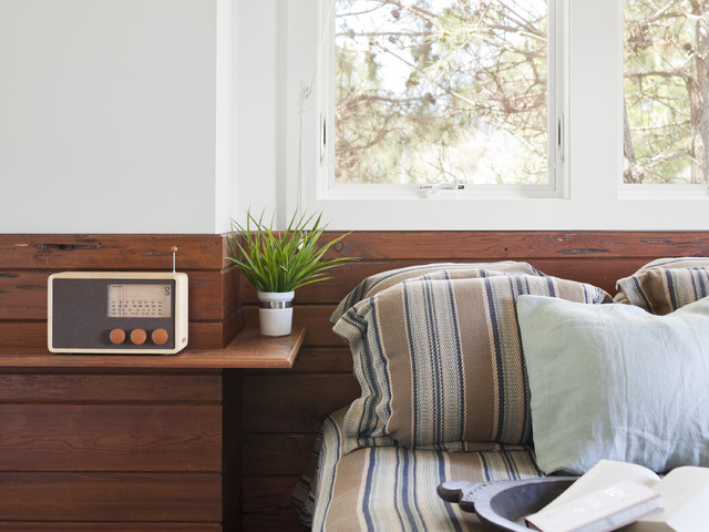 Small Bedroom Solution No Room For A Nightstand Float One