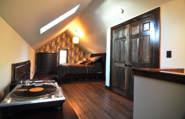 Newell Park Attic Master Suite Contemporary Bedroom
