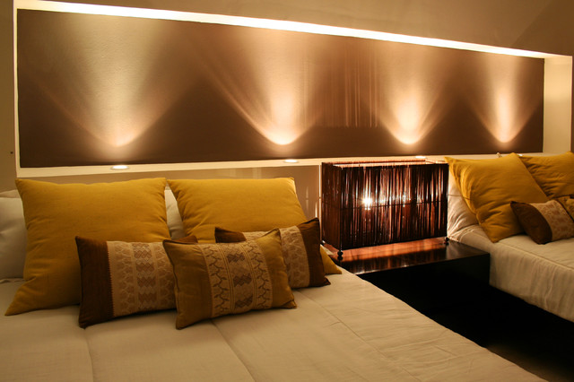 Night Chocolate, light effect contemporary bedroom