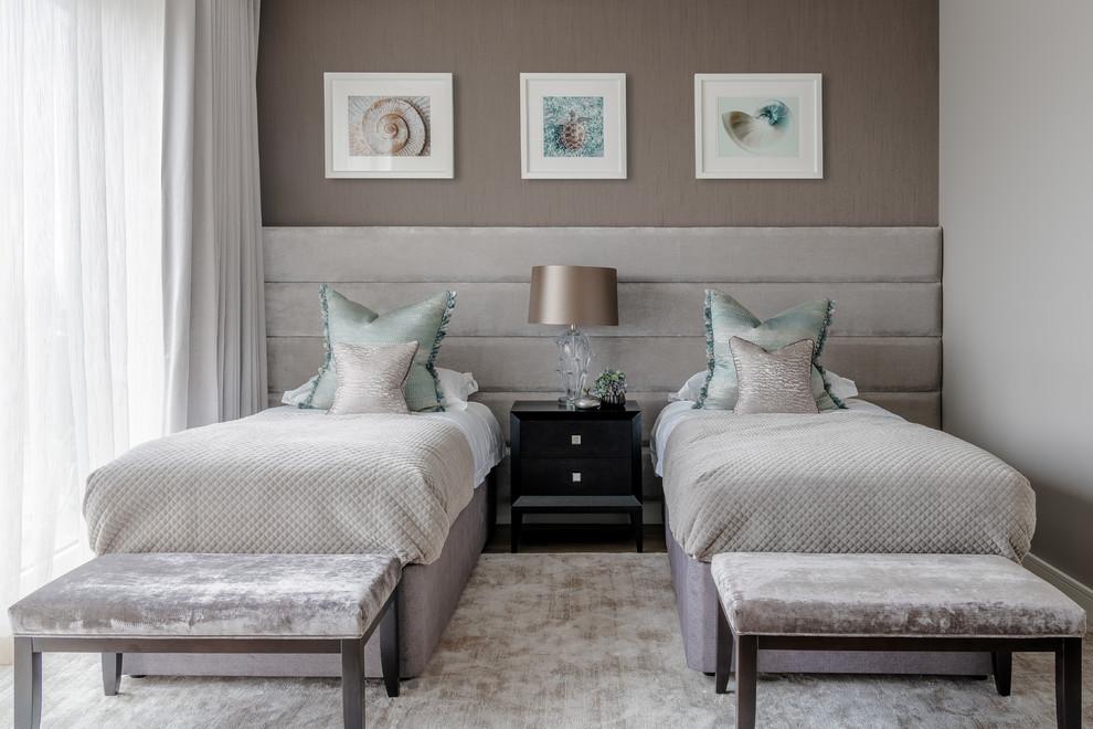 Imagen de habitación de invitados contemporánea, grande, sin chimenea, con paredes grises