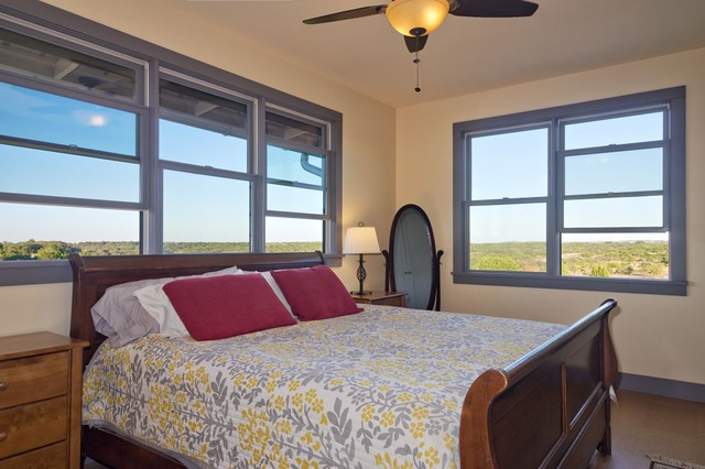 North Ridge Retreat rustic-bedroom