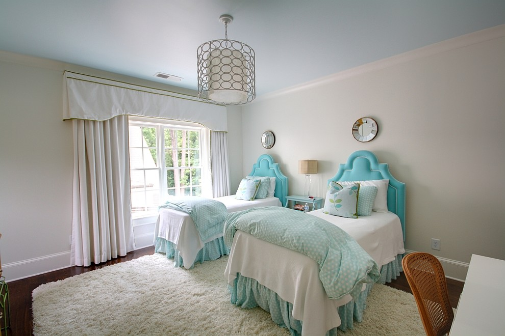 Inspiration for a timeless guest bedroom remodel in Atlanta with gray walls