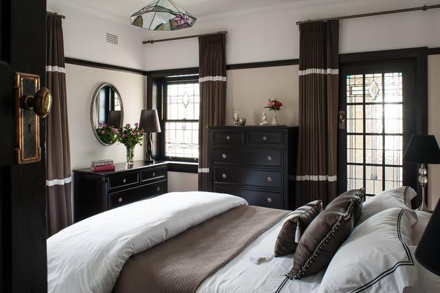 Oatley Classical Elegance traditional-bedroom