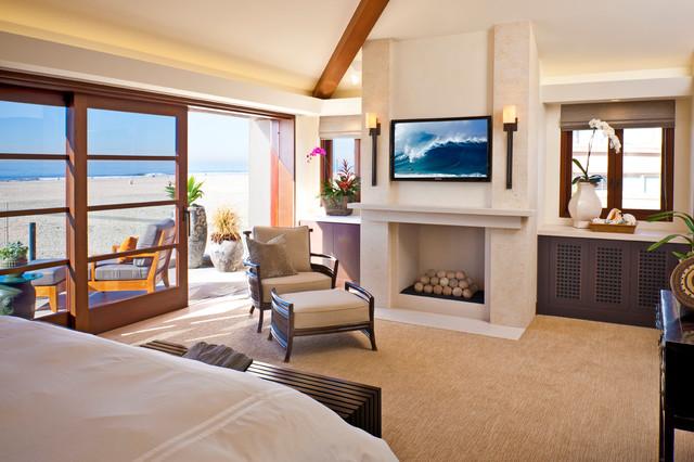 Oceanfront contemporary-bedroom