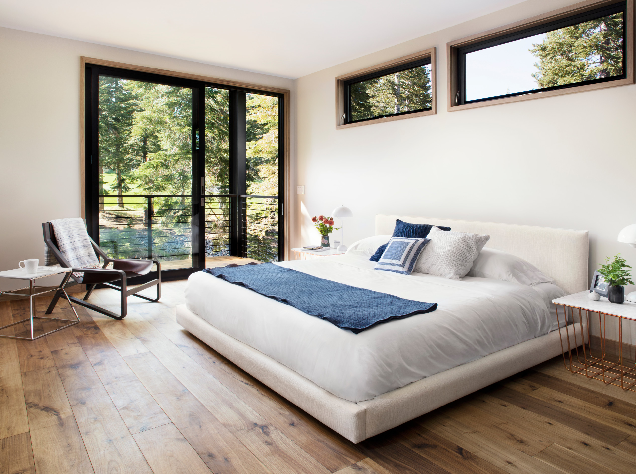 75 Beautiful Modern Bedroom Pictures Ideas July 2021 Houzz