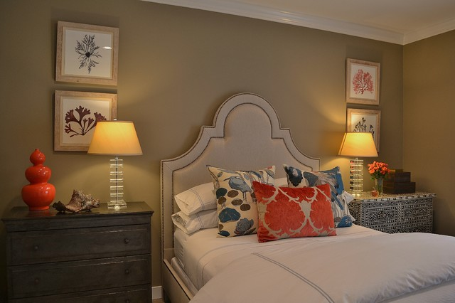 Old Town Townhome traditional-bedroom