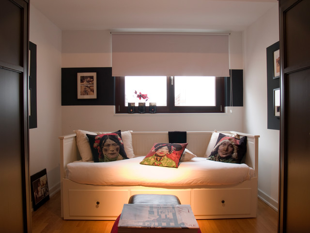 On top of Cologne's inner city eclectic-bedroom