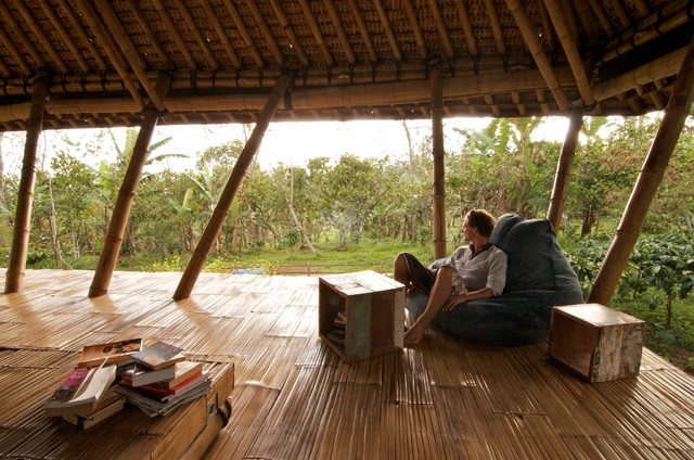 Living In The Mountains my houzz: open-air living in the mountains of bali
