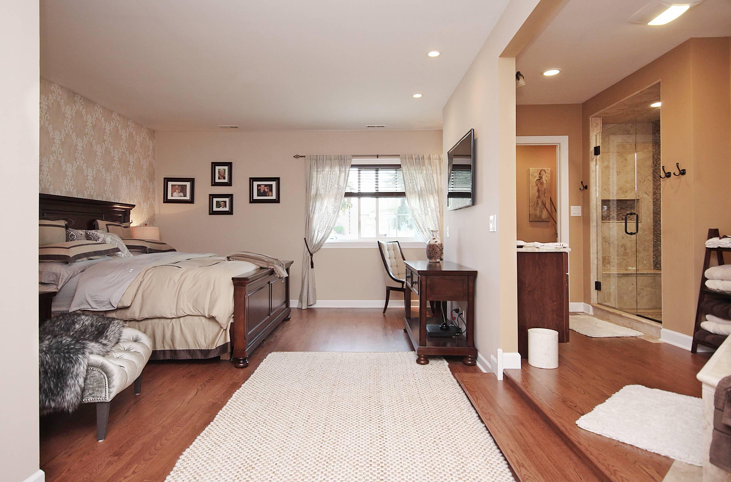 Opened Rustic Master Suite in Chicago Northwest Suburbs