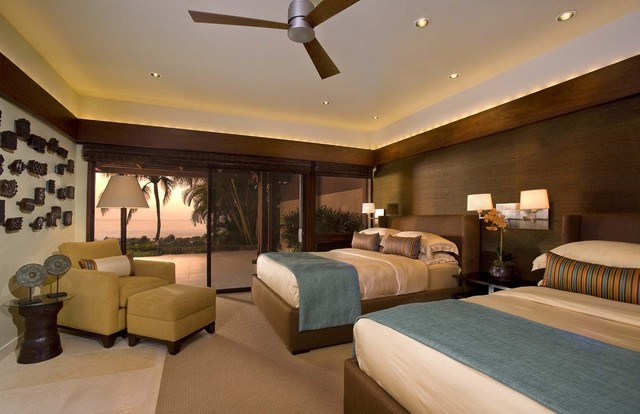 Hawaiian Style Bedroom: By Ownby Design