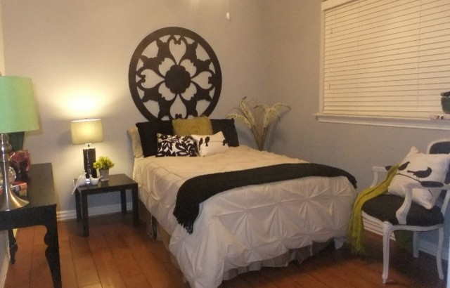 Owners Occupied Home Staging traditional-bedroom