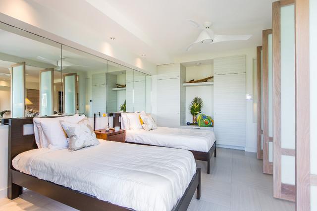 Hawaiian Style Bedroom: Pacific Breeze