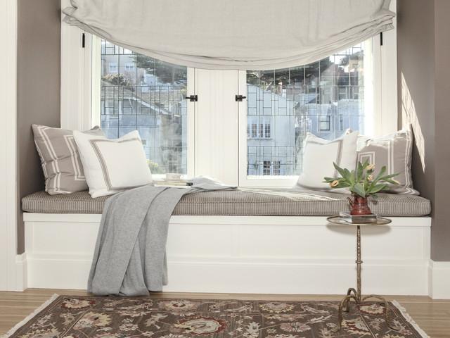 Pacific Heights Window Seat - Классический - Спальня - Сан-Франциско - от эксперта Anastasia Faiella Interior Design | Houzz Россия