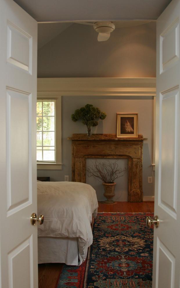 Bedroom - traditional bedroom idea in DC Metro with gray walls
