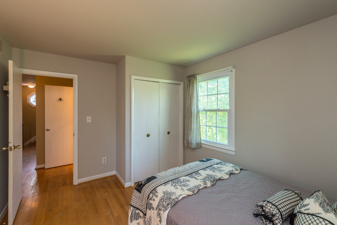 Painting Guest Bedroom - No Job too Big or too Small!