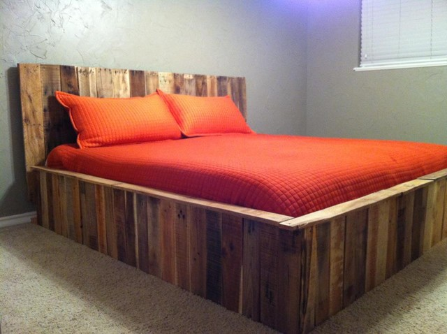 Pallet bed contemporary bedroom dallas for Bed made of pallets