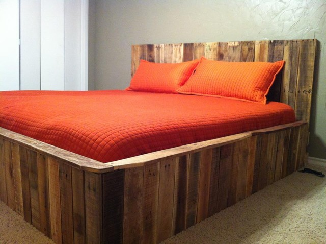 Pallet bed contemporary bedroom