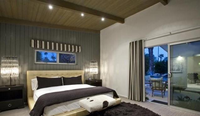 Palm Springs Desert Oasis midcentury-bedroom