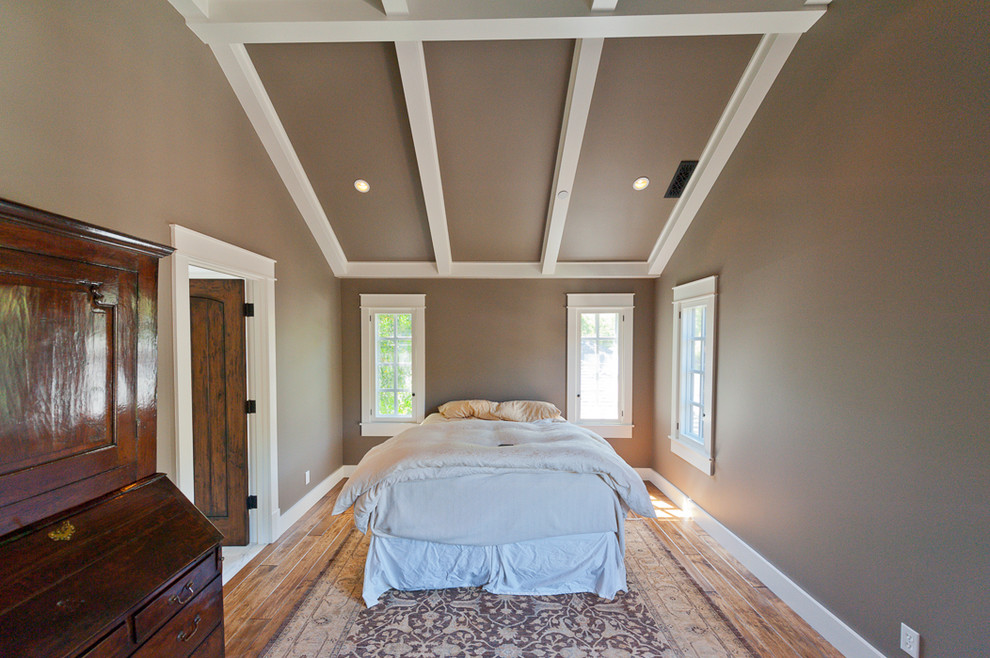 Inspiration for a mid-sized timeless master dark wood floor and brown floor bedroom remodel in San Francisco with gray walls and no fireplace