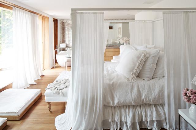 Pamela Andersons Magincal Modern Malibu Home Shabby