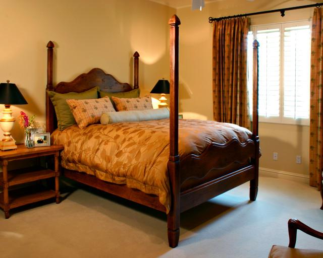 Parade valley estate traditional bedroom phoenix for Interior design 02554