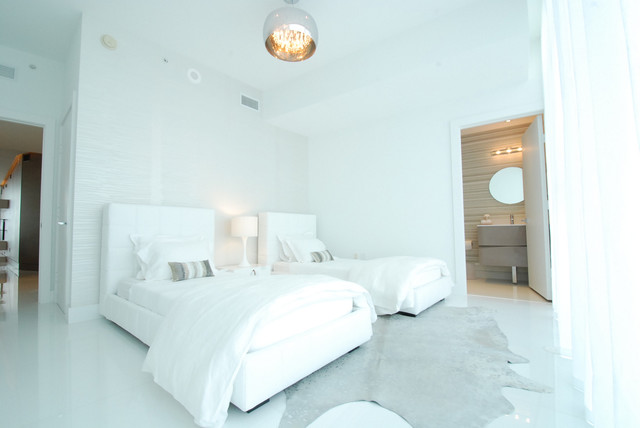 Paramount Bay - Private residence contemporary-bedroom