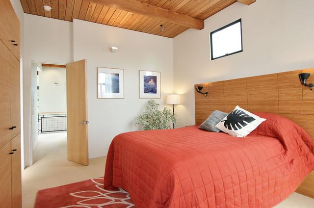 Parlette Residence modern-bedroom