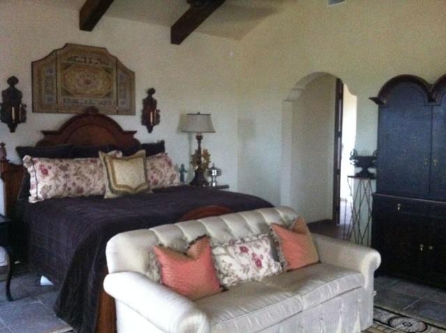 Peaster Ranch House mediterranean-bedroom