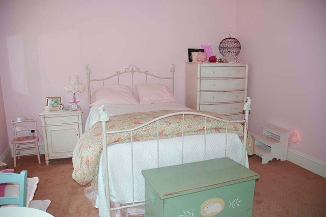Penni Webb traditional-bedroom