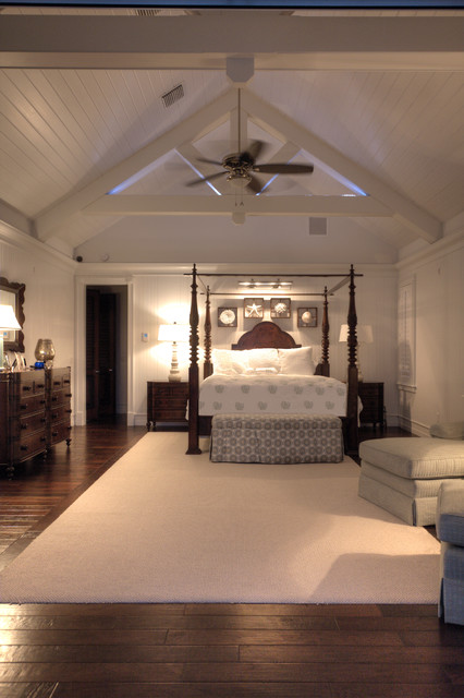 Peter Eskuche, AIA traditional-bedroom