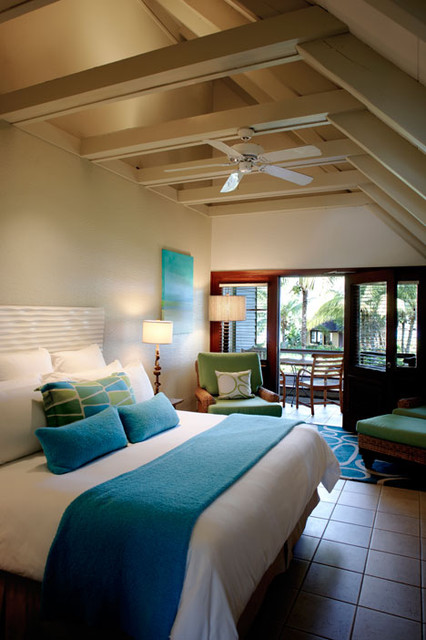 Peter island resort spa tropical bedroom portland for Tropical bedroom design
