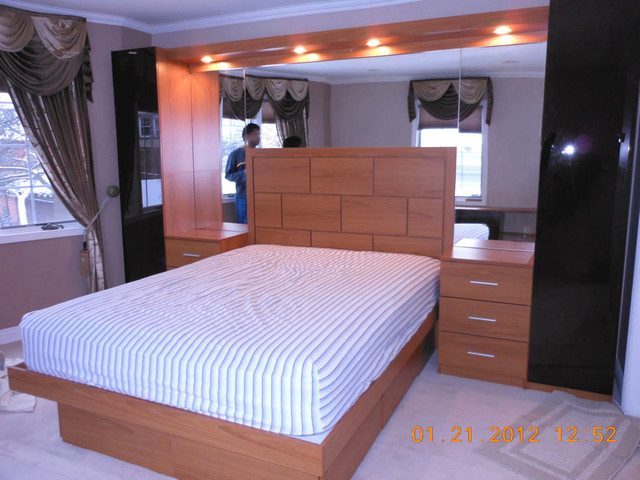 Pier Wall Bed With Mirrored Headboard Wallcontemporary Bedroom New York