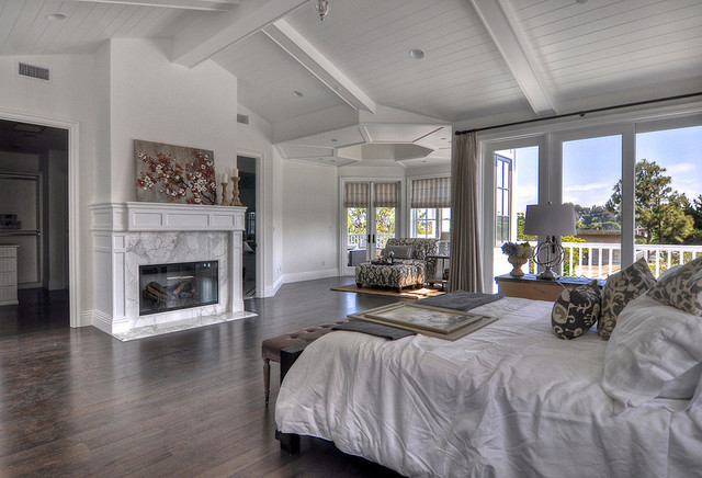 Plantation style home manhattan beach for Plantation style bed