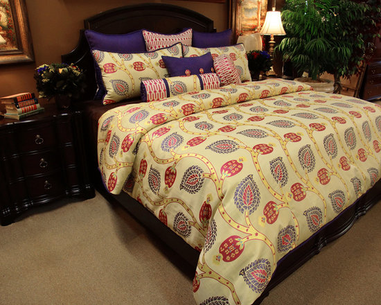 Bedding 2013 - King Pomegranate Duvet Set: