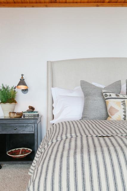 Ponder Point rustic-bedroom