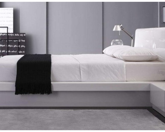 Prestige - Modern White Lacquer Bed - Features: