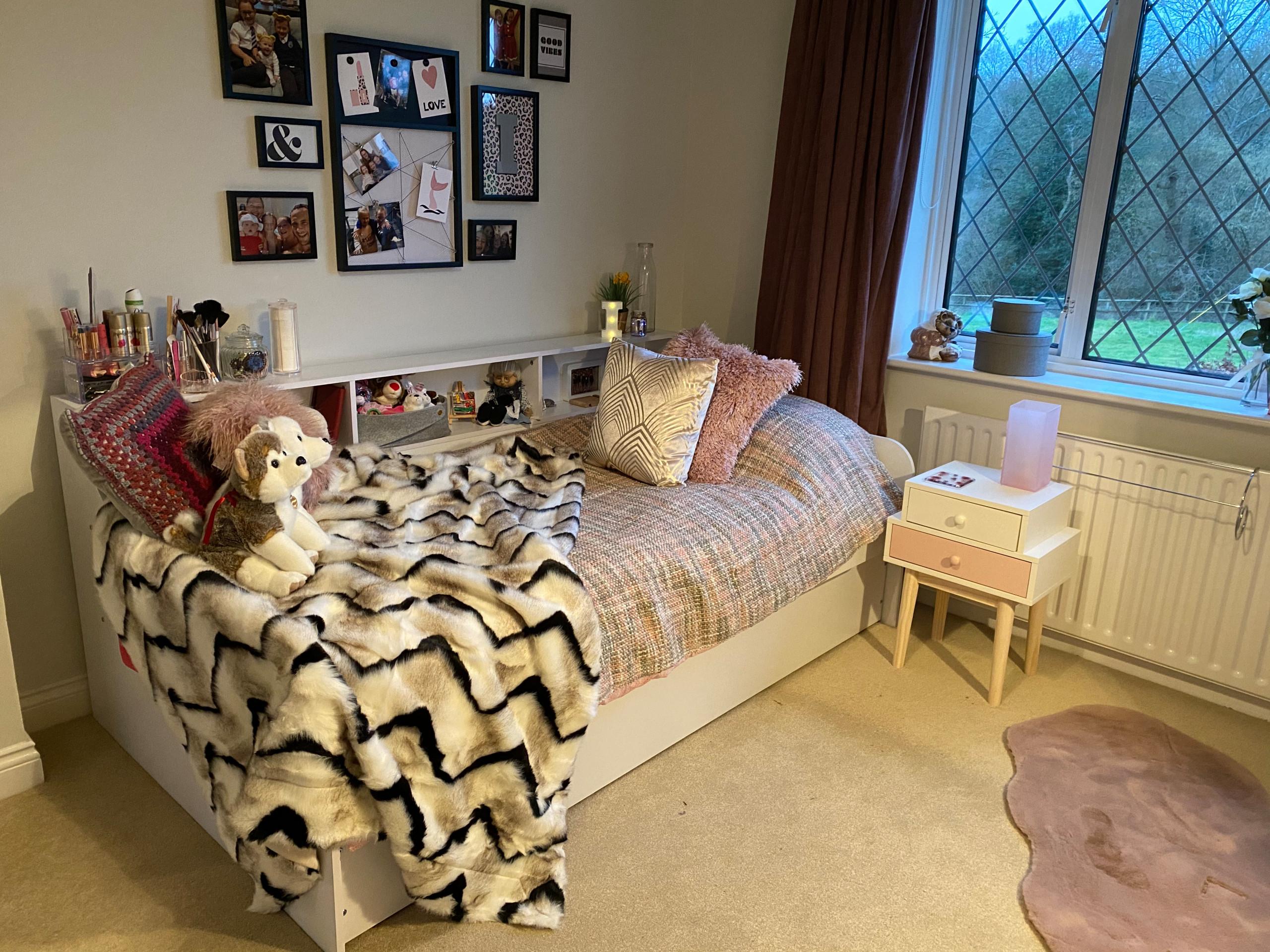 Pretty in Pink, little girl's bedroom